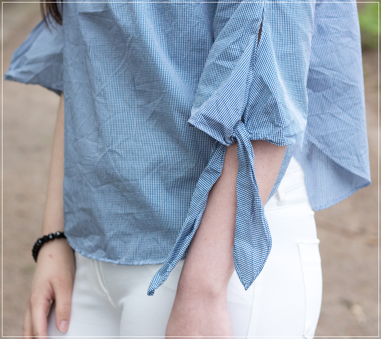 Off-Shoulder-Bluse, white Jeans, Longchamp Bag, Frühlingstrend