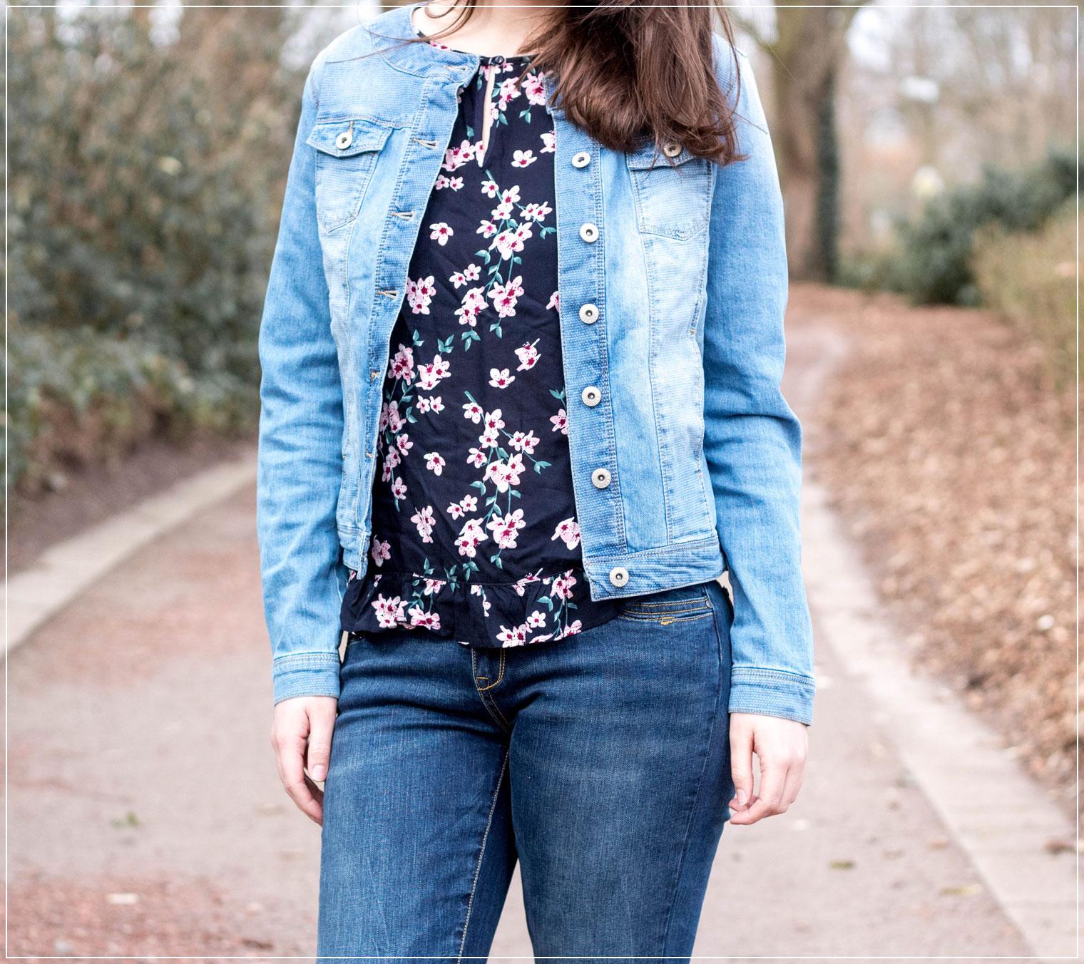 Denimlook, Frühlingsgefühle, Denim, Jeansjacke, Modetrends, Frühlingsstyle, Modebloggerin, Frühlingsoutfit, Fashionbloggerin, Modeblog, Ruhrgebiet