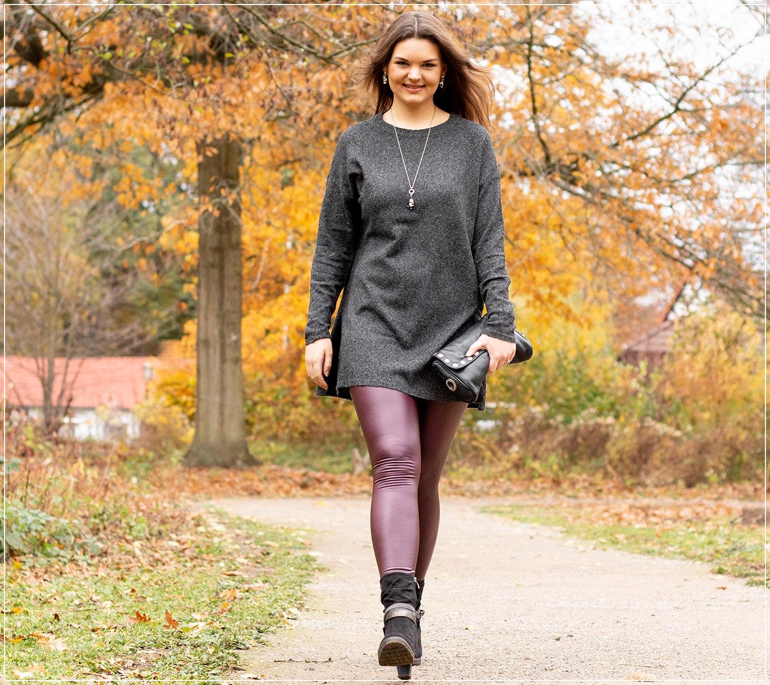 Herbstlicher Look aus Lederleggings und Wollpullover