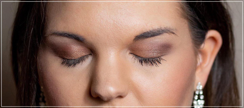 Augen-Make-Up mit metallischen Farben