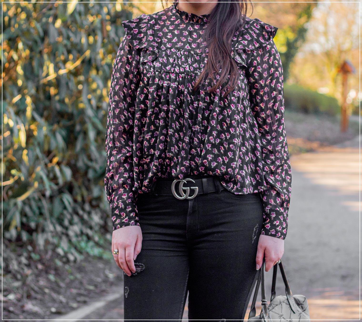 Look für den Frühling aus Chiffon und Ripped Jeans